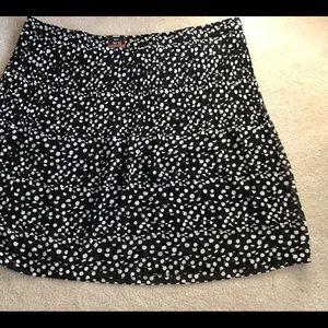 Avenue 30/32 Black white polka dot skirt